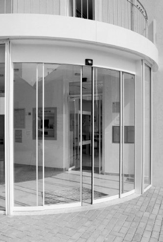 Build int ex automatic doors dorma bst automatic curved sliding doors are the suitable application to render your entrances both intersting and individual the doors can be designed as planetlyrics Image collections